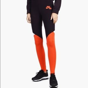 Nike Tights QS Pk NWT!!!!